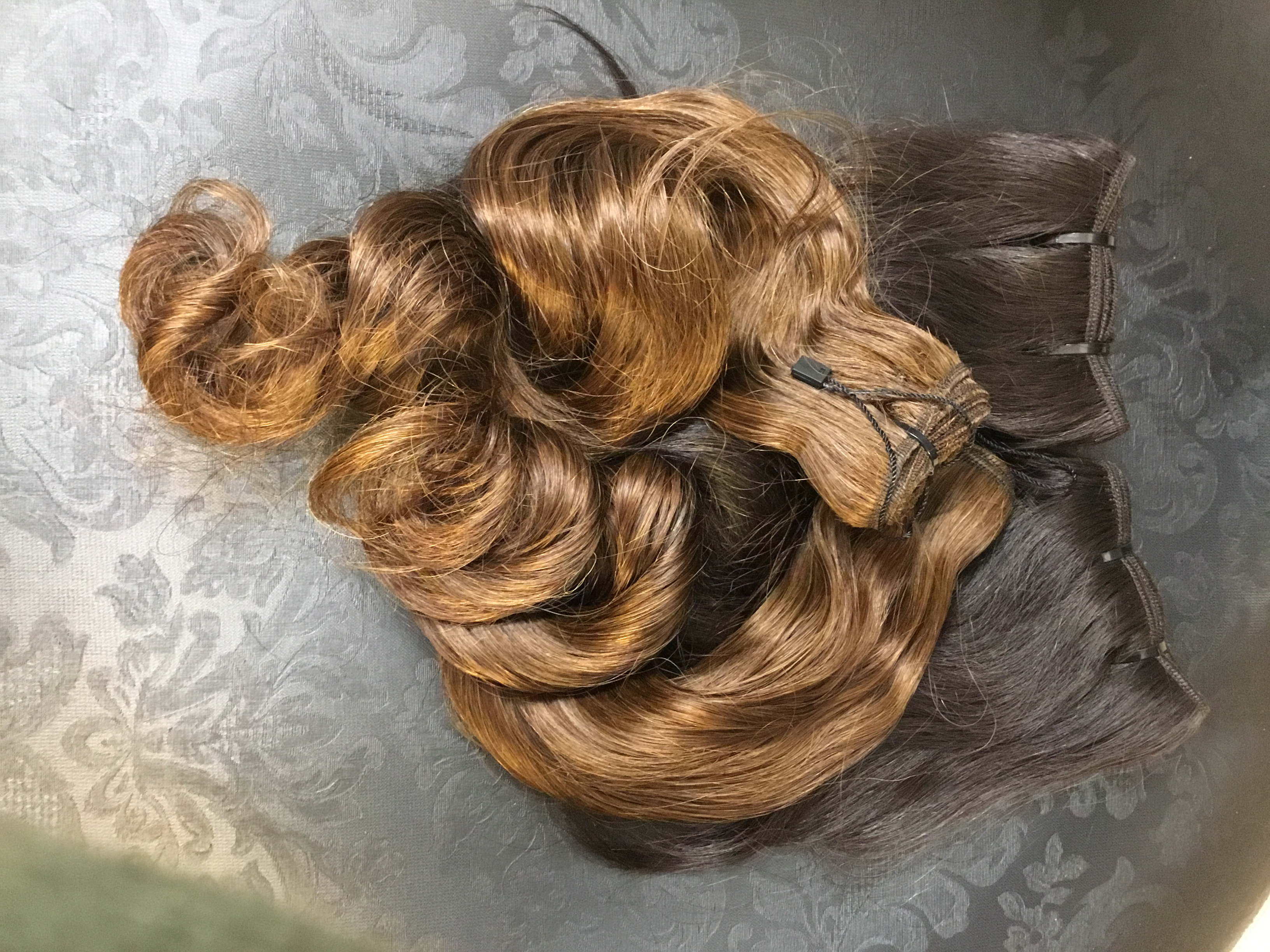 Weft Weave-Dark and Natural Hair_image